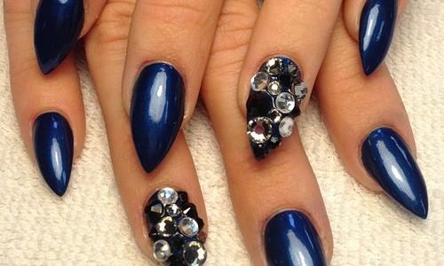 Deep-Blue-Nails2